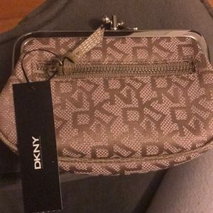 DKNY KHAKI COIN PURSE